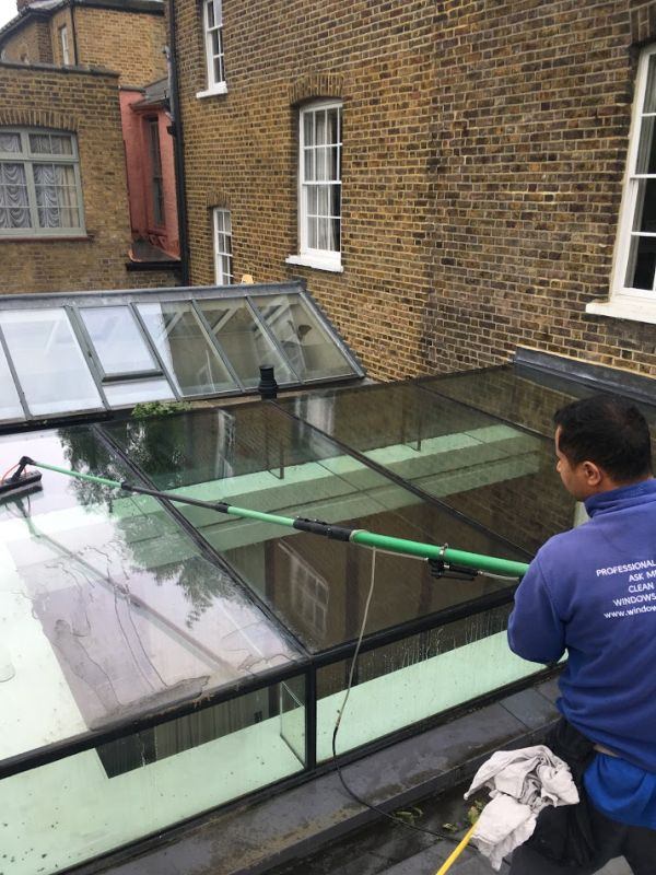 West Ealing window cleaners