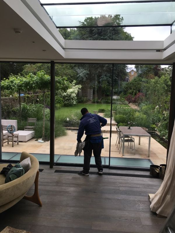 Teddington window cleaners