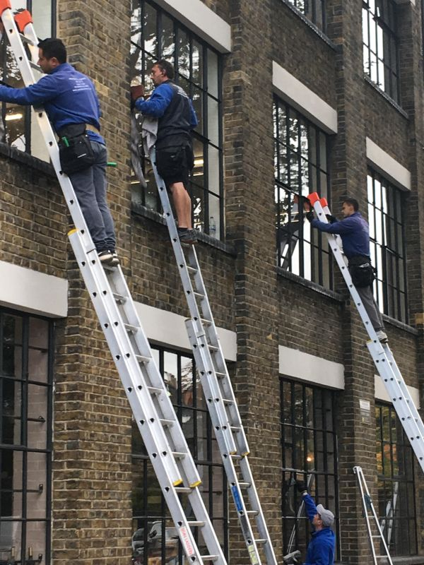 Kensal Green window cleaners