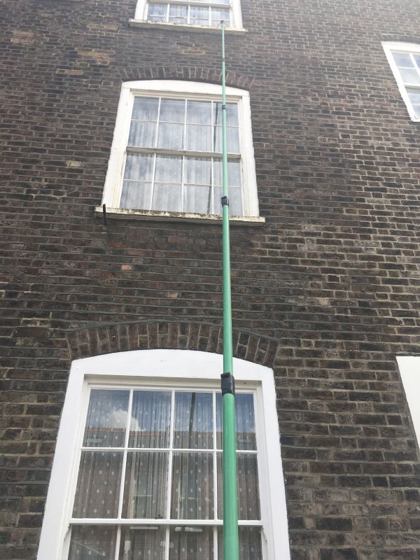 Fulham window cleaners